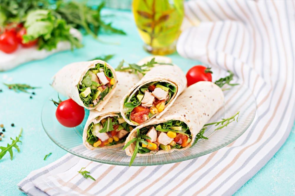gezonde-wraps-met-kip-en-avocado-gezond-weekmenu