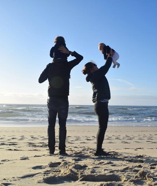 Family picture Phenomenal Globe